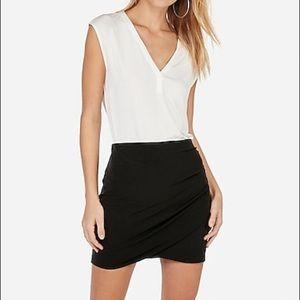 Express Black Zipper Side Closure Mini Skirt
